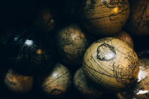 stocksnap_world_globes2
